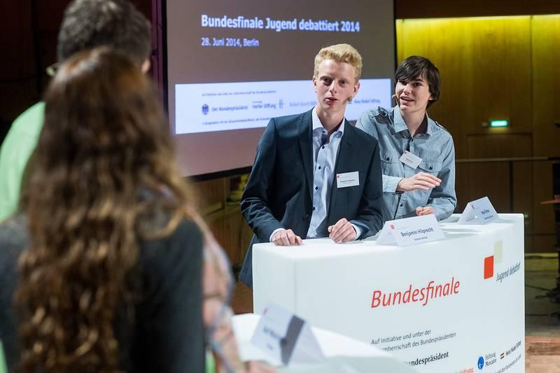 """Livestream des Bundesfinales von """"Jugend debattiert"""" 2014"""